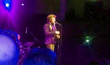 Gino Vannelli, live KOnserthuset i Stockholm 2013. Foto: Fredrik Blomberg.