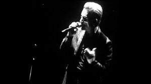 Bono in U2, live Stockholm.