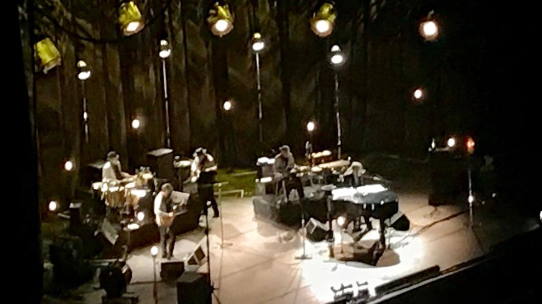 Bob Dylan med band, live Globen 2019. Foto: Fredrik Blomberg.